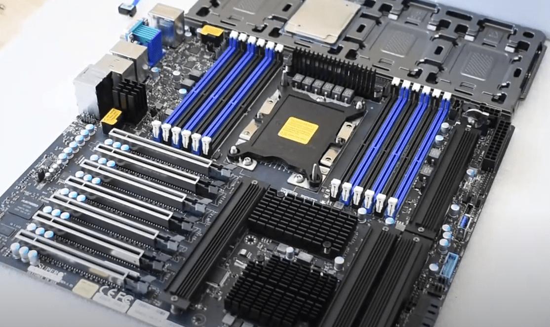 VDO สาธิตการทดสอบ VROC RAID บน Supermicro X11SPA-T